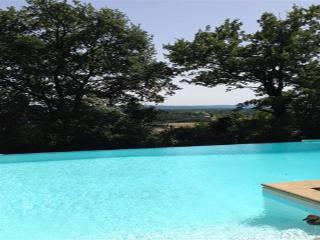 Grande Maison avec vue panoramique, Montelimar