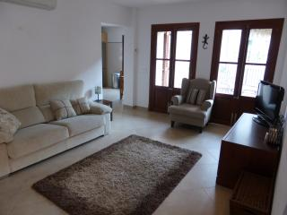 Apt - 2 bed, large Terrace in Fornalutx, Soller