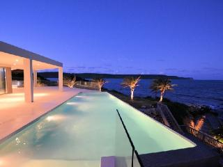 *Please Enquire - Free Car included on certain weeks* 6 bedroom stunning villa