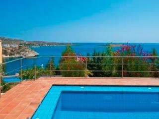 Daphne Luxury Seafront Villa