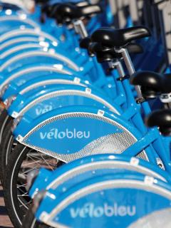 Fancy a cycle - take advantage of the city Velo Bleu