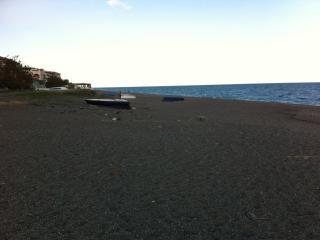 Sul mare a Fondachello