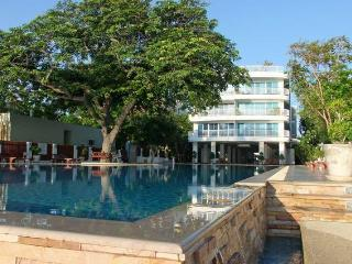 Modern 2 bed apartment South Hua Hin Thailand