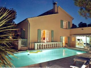 PRETTY VILLA - POOL - PROVENCE, Orange