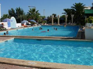 Villa pool Tavira town beach 4 bedroom aircon wifi