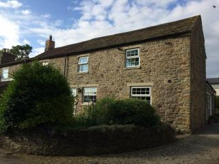 River View - a lovely cosy cottage in the country. Pets Welcome, Frosterley