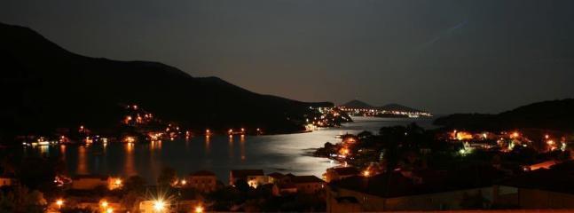Zaton bay in the night