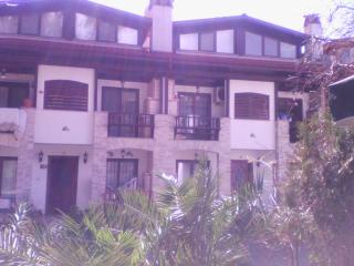 APARTMENT IN CENTER OF AKYAKA