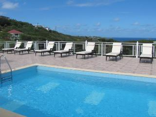 Panorama - Ideal for Couples and Families, Beautiful Pool and Beach