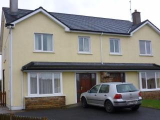 Barr na Trimoige, Kilkelly, Co. Mayo, 3 bed modern house wth parking and patio.