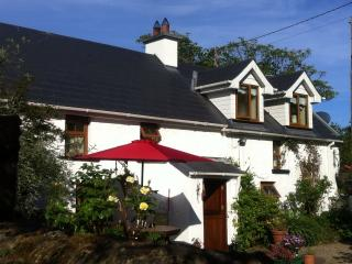 INNYARD COTTAGE, Fethard On Sea