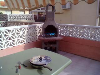 Rare à Port-La Nouvelle : le barbecue, vu depuis la terrasse privative