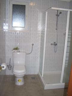 Ground Floor Apartments 1 & 2  Bathroom/shower room