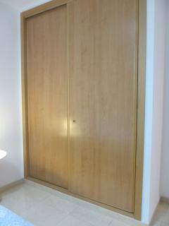 tres armarios