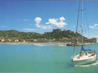 Tuscany (Italy) holiday House to Rent for up to 10, Castiglione Della Pescaia