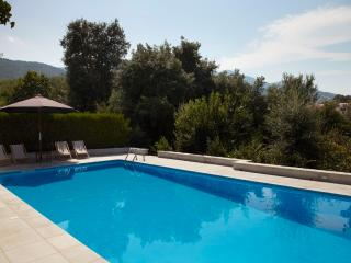 Beautiful large house - Laroque des Alberes - very close to village center