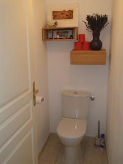 The Throne room, Separate from Bathroom