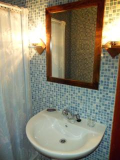 Cuarto de baño de habitacion doble
