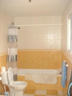 En suite bathrooms