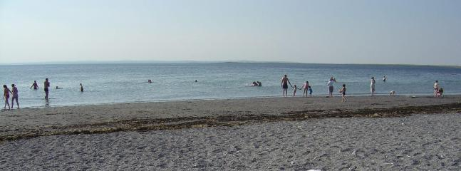 TRACHT BEACH NEARBY