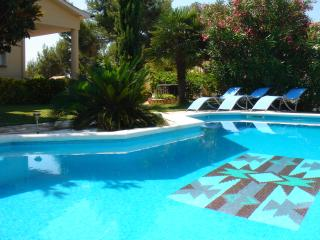 Fantastic villa, seaview & private pool, Santa Susanna