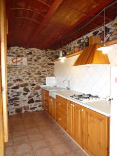Kitchen (first floor)