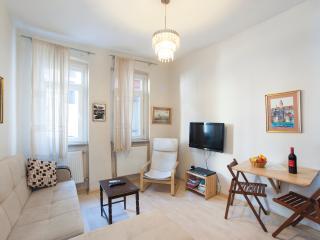 One-Bedroom Flat 2 Cihangir, Istanbul
