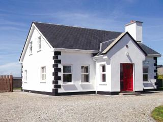 RUA, detached property, four bedrooms, enclosed garden, open fire, en-suite, sea views in Belmullet, Ref 14891