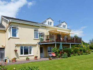 GREENANE HOUSE, detached, seven en-suites, WiFi, lawned garden, Ref 912445, Beaufort