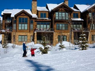 Take a deep breath - Ski in/out, private hot tub, short walk to Mountain Village core - Castellina Pines, Telluride