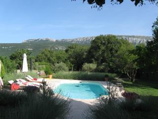 La Grande Maison de Nans. Chambre provençale, Nans-les-Pins