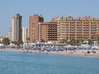 Fuengirola Pyr apto 1 dorm I linea de Playa