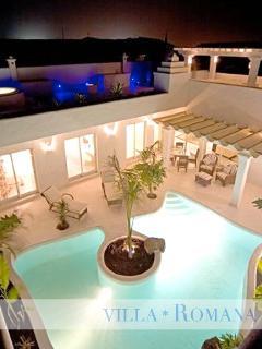 Beautiful pool at night!