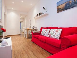 Comfortable sitting area for 6 people, with TV, DVD player, Ipod Dock Station, movies, books...