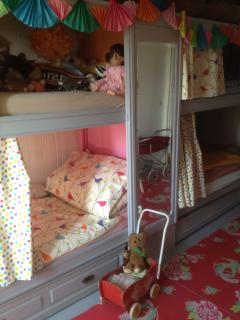 children's room with 4 built in beds