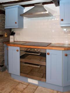 Kitchen- Oven & Hob