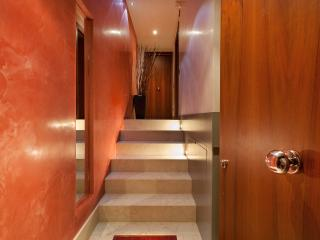 Charming Canal view Venice apartment in San Marco - Entrance