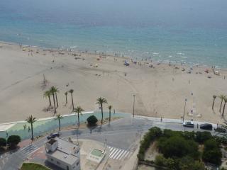 En Benidorm, 1ª Línea Playa de Poniente.