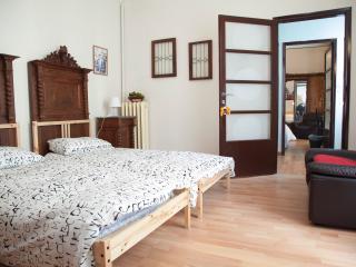 room Vecchia Milano - Old Milan