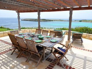 *Great rates please enquire * Villa Kai - Ocean Views - 4 Bedrooms