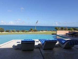Alize - Ocean Front - 3 Bedrooms, Long Bay