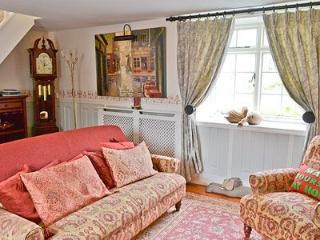 PEMBROKE COTTAGE DURHAM ENGLAND UK A COASTAL & COUNTRY ROMANTIC HOLIDAY RETREAT, Durham