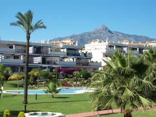 Lorcrimar 2bed/ 2bath apart, Nr to Puerto Banus
