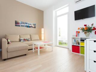 Appartement plein centre Cannes refait à neuf 2014