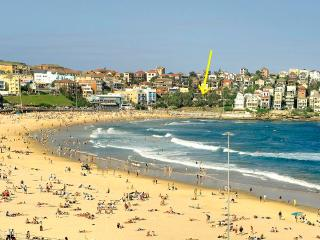 Bondi Beach with arrow pointing to the location