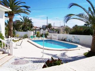 4-Bedroom Detached Air- Conditioned  10 x5 Pool, Ciudad Quesada