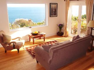 Cottage for rent in Cornwall, sleeps 4, sea views