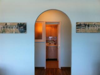 Luminoso, comodo y centrico apartamento enfrente del mar...