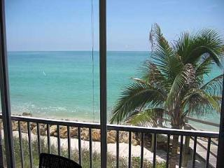 Siesta Key -  2bdrm on the beach - amazing views!!