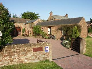 HERDWICK COTTAGE, Penrith